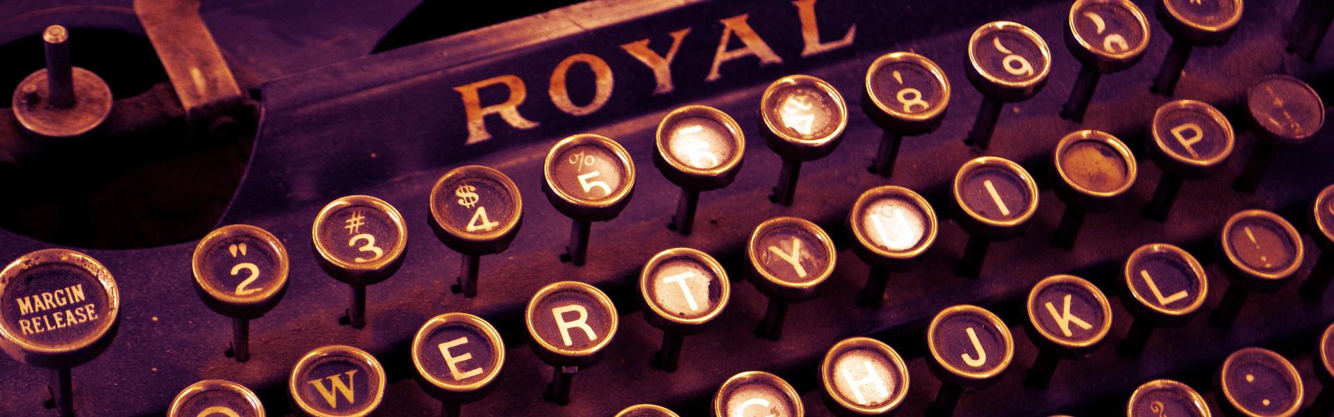 typewriter-1170657_1920 extra cropped